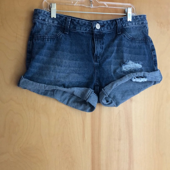 leonisa Pants - Leonisa cut-off jean shorts with distressing